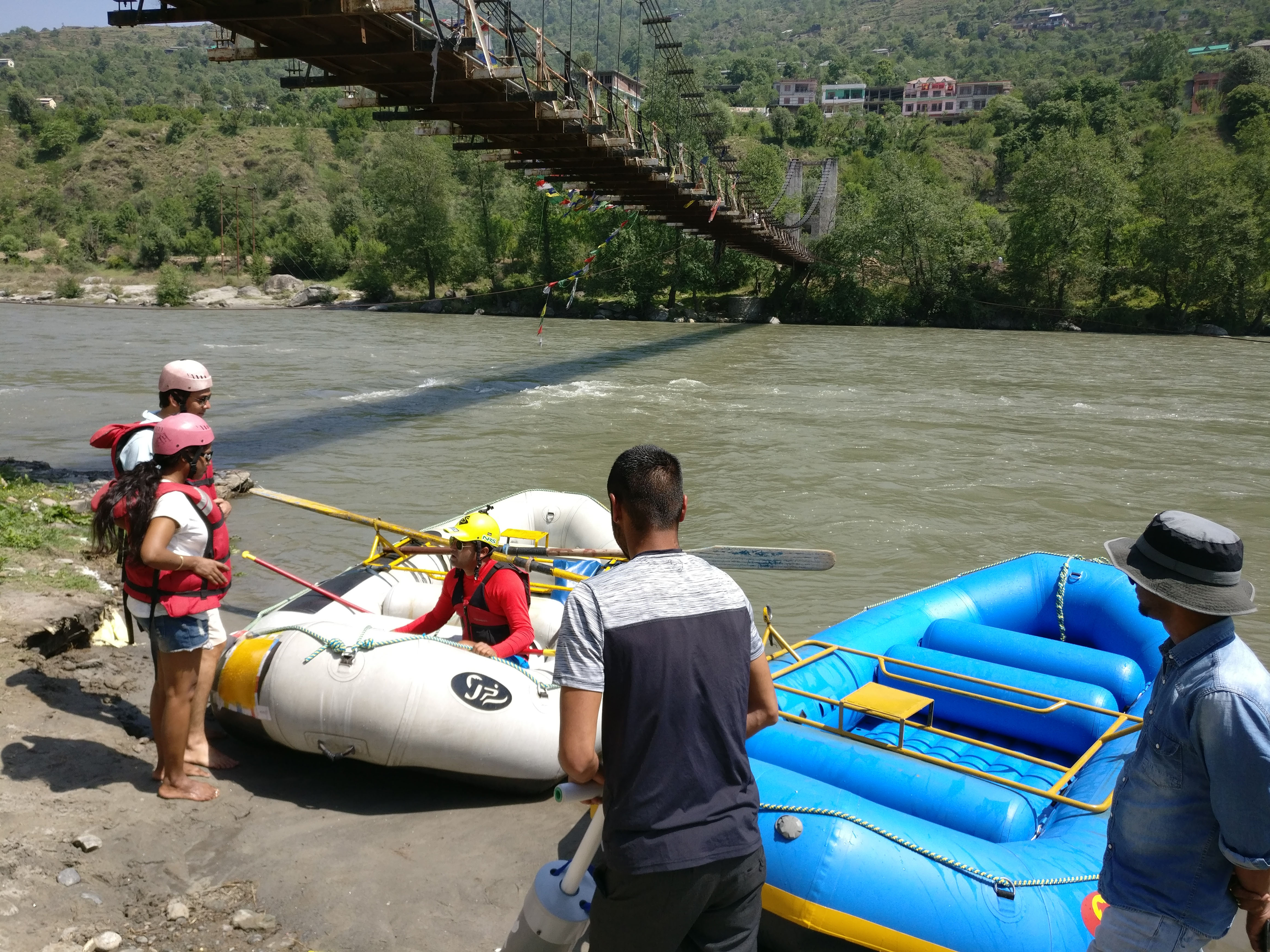 River Rafting in Kullu